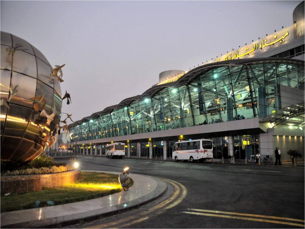 أفكار على الطريق مع خدمة ليموزين مطار القاهرة