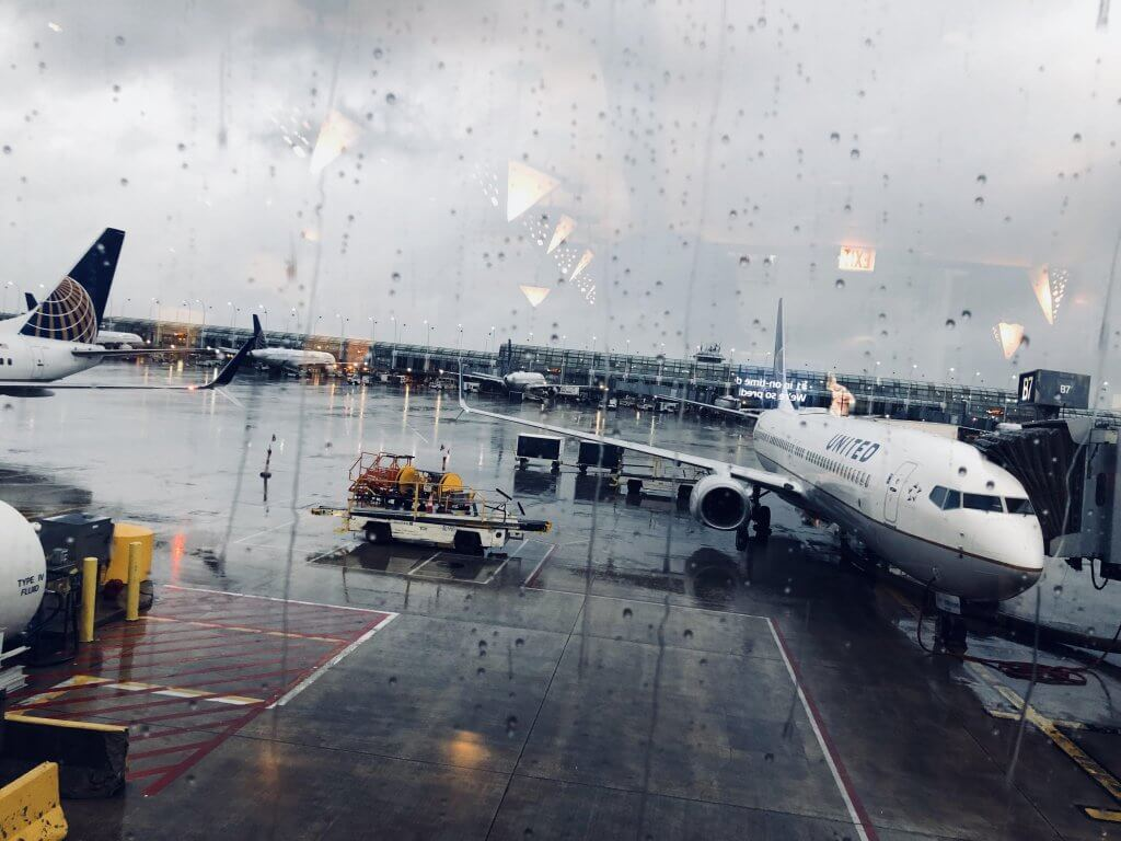 باريس ليموزين لا تنسى ليموزين مطار برج العرب في الشتاء